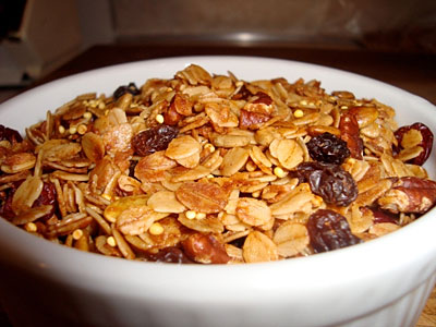 Gluten-Free Granola with Fruit